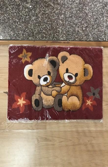 Thảm chùi chân hình gấu