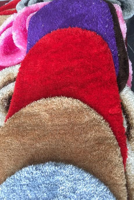 Thảm chùi chân sợi len hoa văn